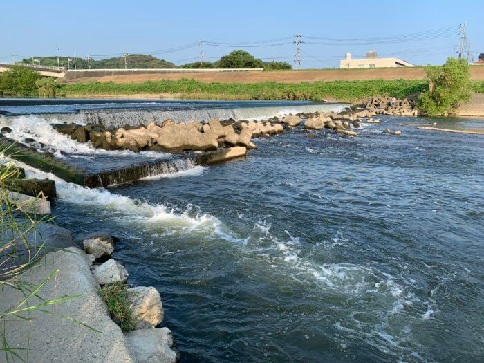 河川の堰やインレットエリア