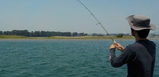 ボート釣りのメリット、デメリットとは?実際にボートで魚釣りに行ってきた!-アイキャッチ