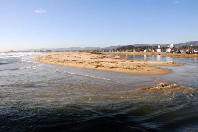 河口 砂浜 サーフ 海岸