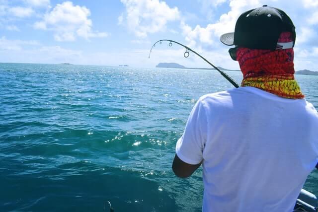 釣り人 アングラー やり取り ファイト
